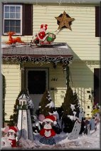 A Meriden Parks and Rec Winter 2000 House  Decorating Contest winner